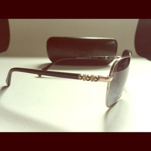 Coach sunglasses brand new in the case